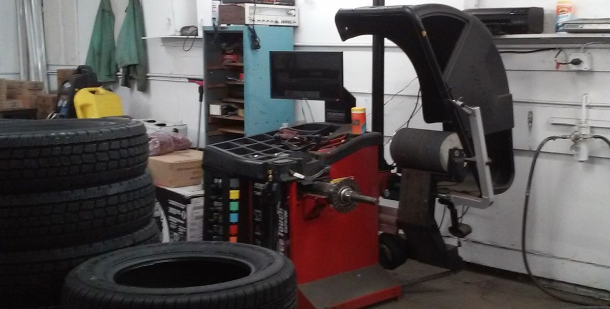 Tire Balancing Machine